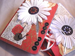 Asian themed mini albums in a tin box